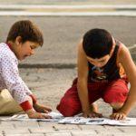 """Opowiadaj dziecku o świecie, bo wychowasz """"nie kumam, nie ogarniam, nie lubię"""""""