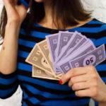 Na co wydałbyś pieniądze, gdybyś dysponował bonusową gotówką?
