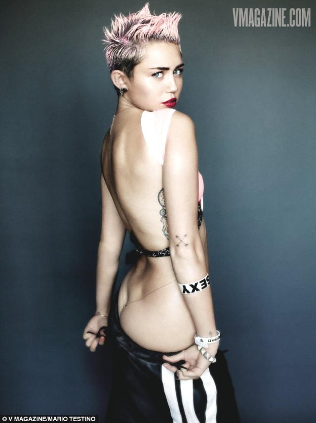 Miley-Cyrus-Sexy-Punk-for-V-Magazine-0010