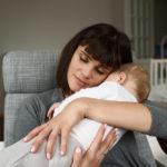 Mamo, dużo mnie dotykaj, dzięki temu będę czuł się kochany i ważny: dziś i przez całe życie