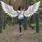 Zamiast oceniać, doceńmy się, dodając sobie skrzydeł